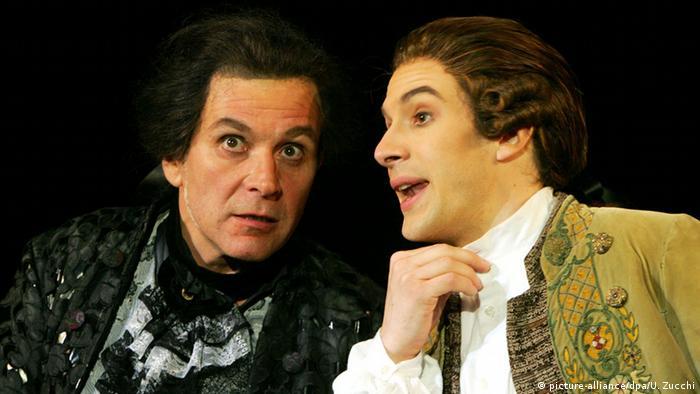 Моцарт и Сальери в одной из театральных постановок