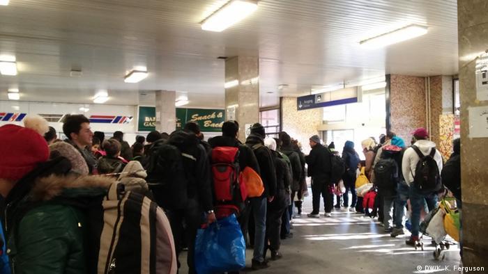 Deutschland Flüchtlinge Flughafen Schönefeld Berlin