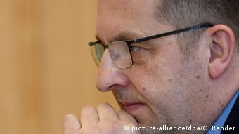 Schleswig-Holsteins Innenminister Stefan Studt (SPD) (picture-alliance/dpa/C. Rehder)