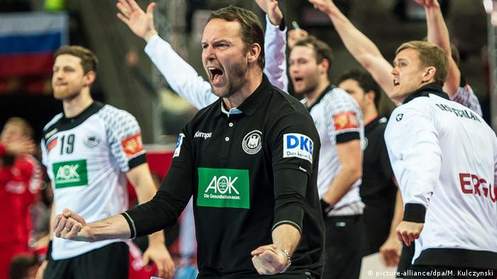Breslau Handball Europameisterschaft Dagur Sigurdsson (picture-alliance/dpa/M. Kulczynski)