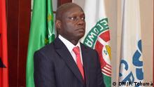 José Mário Vaz (kurz auch Jomav genannt) ist seit 2014 Präsident von Guinea-Bissau. Er gehört der PAIGC (Partido Africano para a Independência da Guiné-Bissau e Cabo Verde), der Partei der ehemaligen Unabhängigkeitsbewegung von Guinea-Bissau und den Kapverden an. Das Bild entstand bei der Amtseinführung der Regierung Domingos Simões Pereira am 4. Juli 2014. Fotografin: Fátima Tchumá (DW), 4. Juli 2014 Ort: Bissau, Guinea-Bissau © DW/F. Tchumá