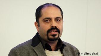 علی افشاری، تحلیلگر سیاسی