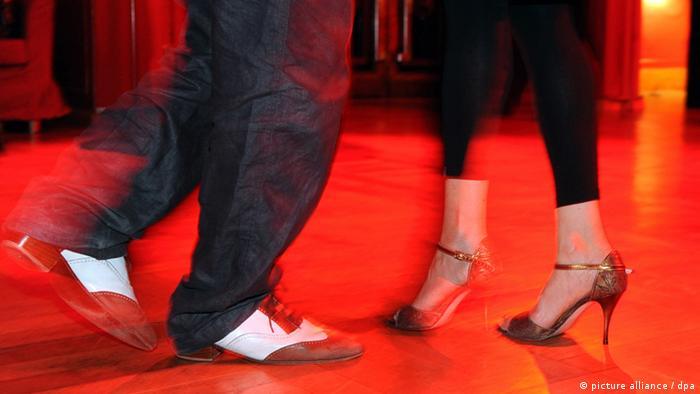 Tango im Roten Salon