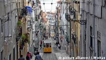 Portugal - Ascensor da Bica in Lissabon