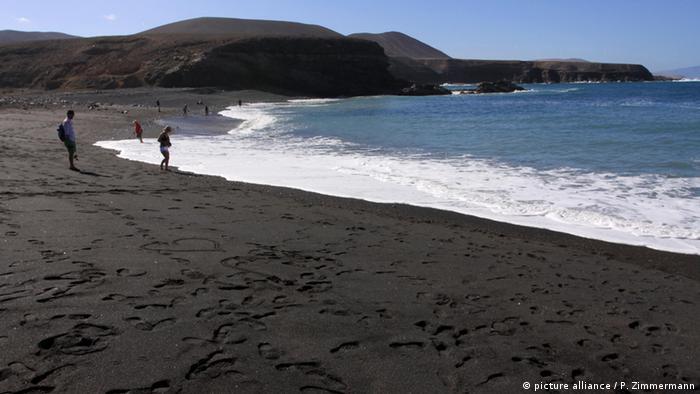 Fuerteventura Strand (picture alliance / P. Zimmermann)