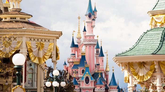 Disneyland Paris (picture alliance)