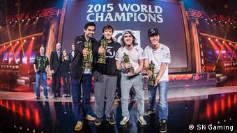 Rene Pinkera SK Gaming Weltmeisterschaftspokal