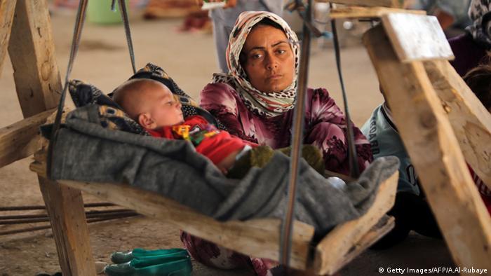Jesdidin Jeside Frau Mutter mit Baby Flucht vor IS Irak