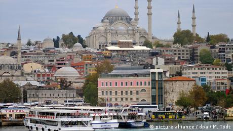 Türkei - Istanbul vom Meer gesehen