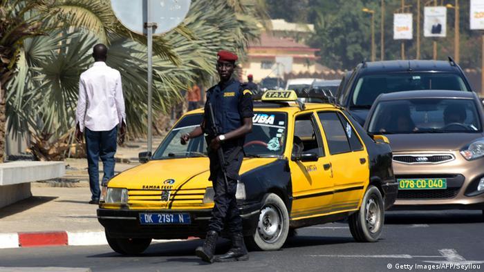 Senegal Polizei Kontrollen in Dakar