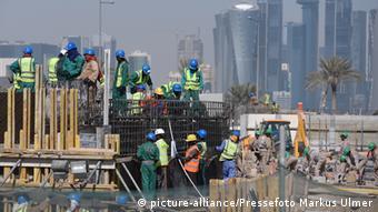 Katar Baustelle Fußballstadion Arbeiter