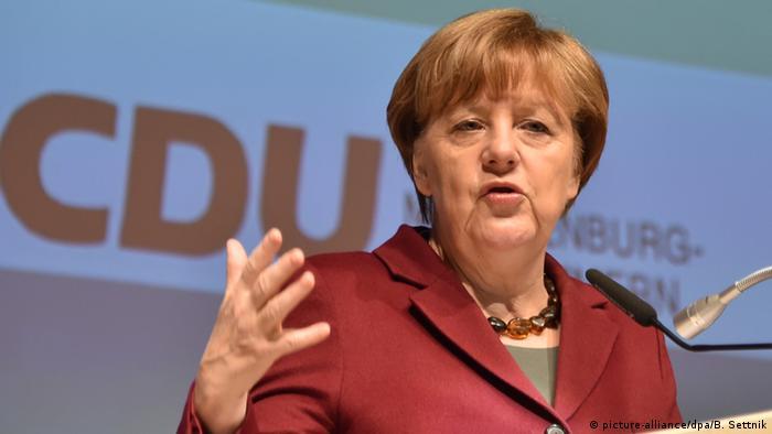 Deutschland CDU in Neubrandenburg - Parteivorsitzende Angela Merkel