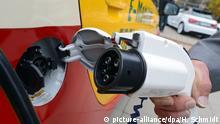 Symbolbild MdBs in Elektroautos