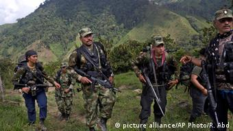 FARC rebels picture alliance/AP Photo/R. Abd