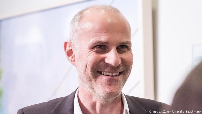 Daniel Straub