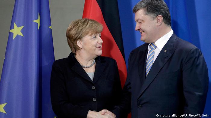 Ангела Меркель и Петр Порошенко на встрече в феврале 2016 года