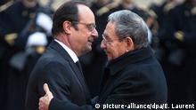 Paris Raul Castro bei Hollande