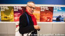02.02.2016 **** Bildunterschrift: Dieter Kosslick, director of the international film festival Berlinale arrives for a press conference prior to the 66th edition of the festival in Berlin on February 2, 2016. / AFP / ODD ANDERSEN (Photo credit should read ODD ANDERSEN/AFP/Getty Images) © Getty Images/AFP/O. Andersen