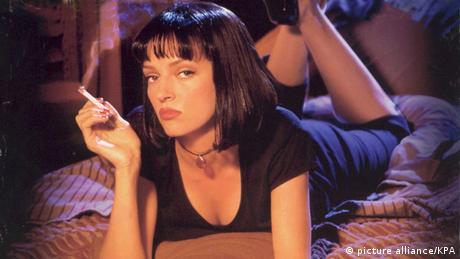 Μπορεί το Pulp Fiction (1994) να μην ήταν η πρώτη ταινία του Ταραντίνο αλλά ήταν εκείνη που τον έκανε διάσημο επηρεάζοντας την ποπ κουλτούρα όσο καμία άλλη τη δεκαετία του '90. Από τότε οι ταινίες του αποτελούν δικό τους είδος και έγιναν σημείο αναφοράς για πολλούς σκηνοθέτες της επόμενης γενιάς.
