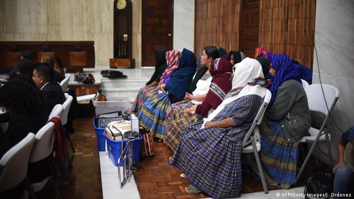 indianische sklavinnen fordern suhne