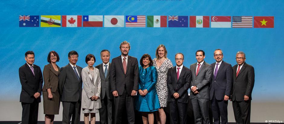 Representantes de Comércio Exterior dos 12 países assinaram o acordo em Auckland