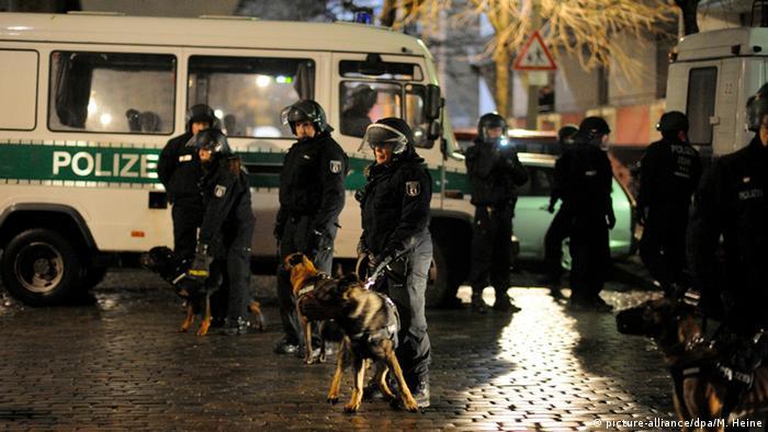 Berlin Polizei Polizeieinsatz Deutschland Razzia
