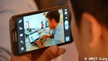 In Kambodscha unterstützt die DW Akademie die lokale Jugendorganisation Youth Resource and Development Program mit Trainings für Medienkompetenz bei Jugendlichen. Workshop in Phnom Penh, Januar 2016. Copyright: DW/T. Karg via Charlotte Hauswedell, DW Akademie