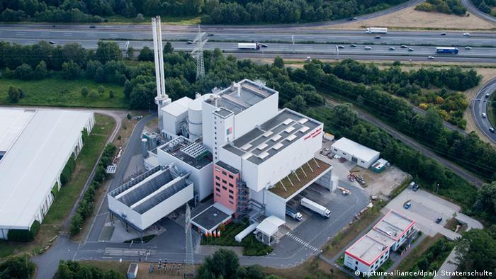 Deutschland EEW Müllverbrennungsanlage Energy from Waste in Hannover