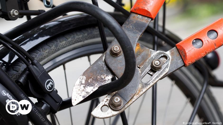 Wie gestohlene Fahrräder in der Ukraine landen