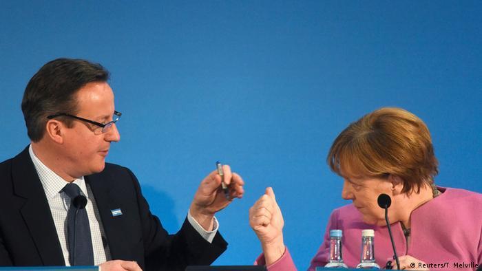 Großbritannien David Cameron und Angela Merkel auf der Syrien Geberkonferenz (Reuters/T. Melville)
