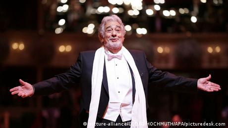 Wiener Opernball 2016 Placido Domingo Opernsänger (picture-alliance/GEORG HOCHMUTH/APA/picturedesk.com)