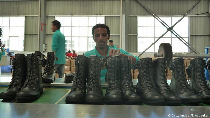 Äthiopien Schuhfabrik Fabrik Herstellung Schuhe