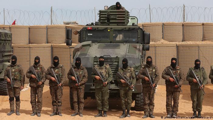 Tunesien Libyen Anti-Dschihadisten-Zaun