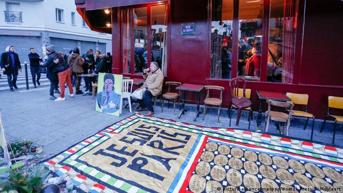Gedenken an Anschläge in Paris (Foto: dpa)