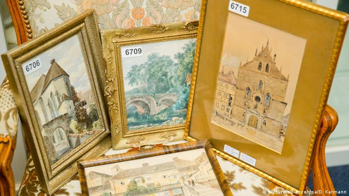 Hitler's paintings go under the hammer