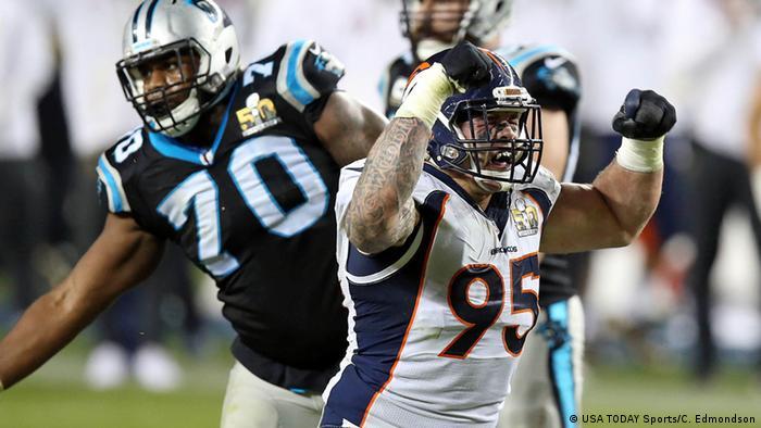 Denver Broncos beat Carolina Panthers to win Super Bowl 50