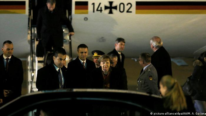 Türkei Ankara Treffen zur Flüchtlingskrise Ankunft Bundeskanzlerin Merkel