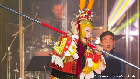 Chinesisches Neujahrsfest Liu Xiao Ling Tong Monkey King New York
