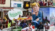 Deutschland Rosenmontagszug in Köln