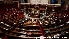 Frankreich Parlament (picture-alliance/dpa/E. Laurent)