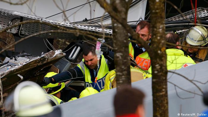 Accidente de tren deja al menos 65 muertos y 60 heridos — India