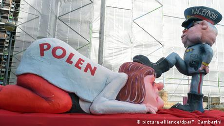 Controversial Carnival float depicting Jaroslaw Kaczynski and Poland, Copyright: picture-alliance / dpa /Gambarini