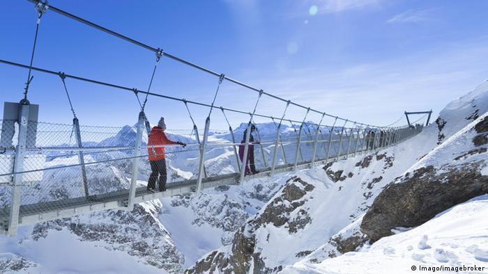 Hängebrücke am Titlis in der Schweiz
