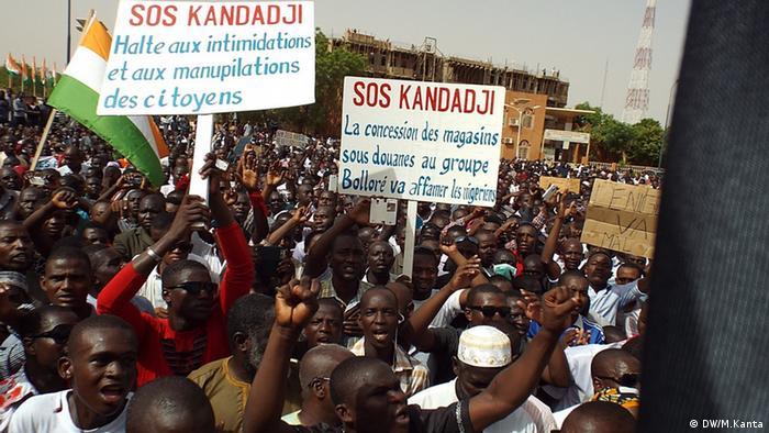 Niamey foi palco de protestos, organizados pela sociedade civil, também em 2015