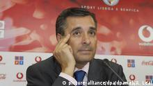 08.06.2005 *** Der Direktor von Benfica Lissabon, Jose Veiga, aufgenommen bei einer Pressekonferenz am 08.06.2005. Foto: Rui M Leal +++(c) dpa - Report+++ Copyright: picture-alliance/dpa/dpaweb/R. Leal
