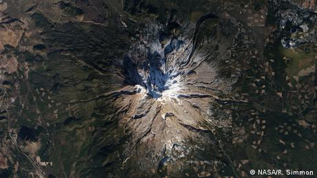 California's Mount Shasta missing most of its snow (Photo: NASA/R. Simmon)