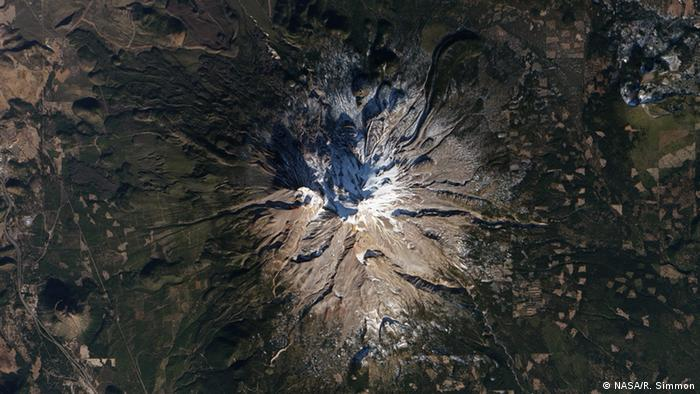 Der Berg Shasta in Kalifornien (Photo: NASA/R. Simmon)