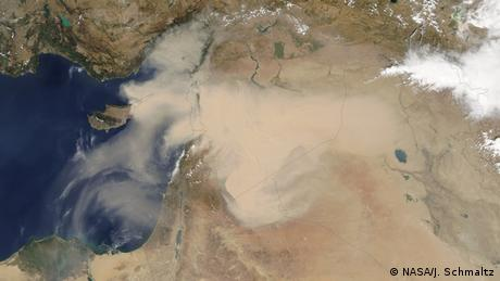 Dust storm over Middle East (Photo: NASA/J. Schmaltz)