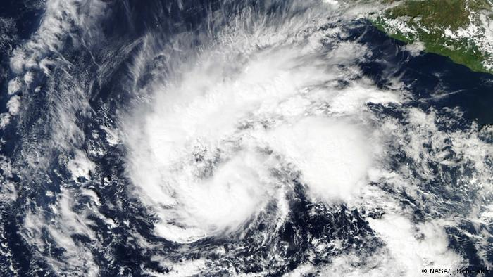 Tropical storm Sandra (Photo: NASA/J. Schmaltz)