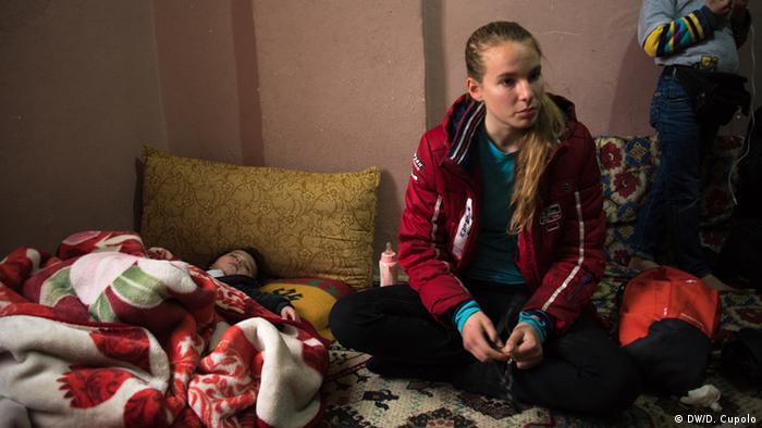 Леа Вільмзен відвідує матір біженця